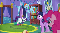 "Rarity ""It is a bit juvenile for castle décor"" S5E19"