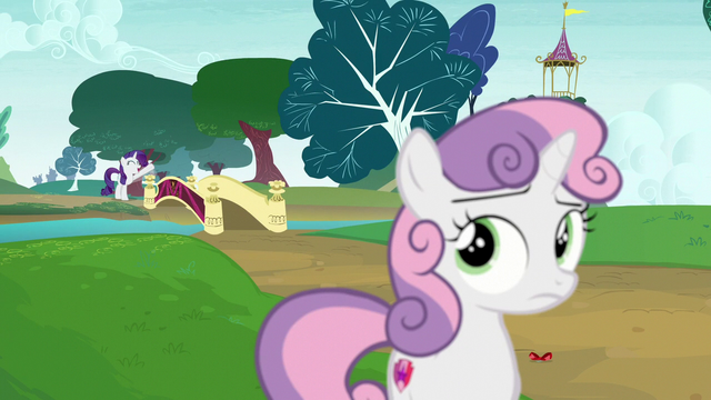 File:Rarity calls Sweetie Belle from across the bridge S7E6.png