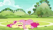 S06E18 Wyczerpane przyjaciółki