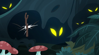 Stick flies in a shadowy creature's face S7E19
