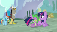 Twilight and Spike sees Rainbow and Discord S5E22