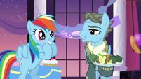 Wind Rider talks; Rainbow in glee S5E15