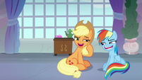 Applejack and Rainbow pretend to get along S8E9