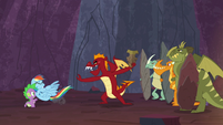 Garble shoves Rainbow Dash to the ground S7E25