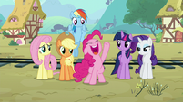 Pinkie thanks the sheeps S5E11