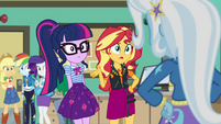 Sunset Shimmer denying Trixie's request EGFF