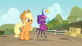 Applejack about to take a family photo S3E8.png