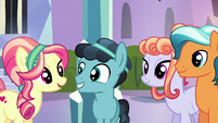 Crystal Hoof meeting more Crystal Ponies S6E16