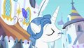 Fancypants in Canterlot S2E09.png