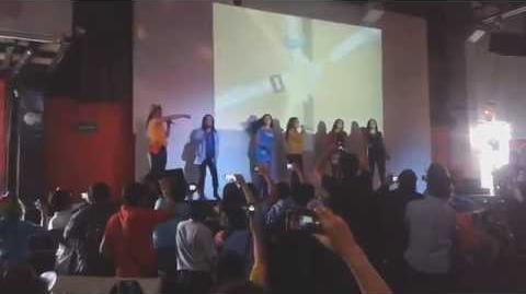 """Las Mane6 Latinas cantan """"Tenemos que estar muy unidas"""" - FluttyCon 2014"""