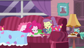 Lily Pad reading her e-book to Pinkie Pie EGDS3.png