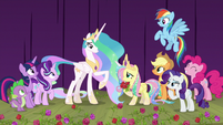 Main cast and Celestia smiling together S8E7