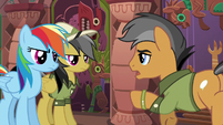 Quibble Pants standing aside for Daring Do S6E13