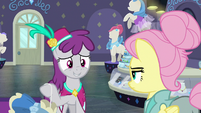 Silver Berry looking embarrassed S8E4