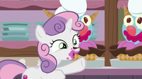 "Sweetie Belle ""I'll help you!"" S7E6"