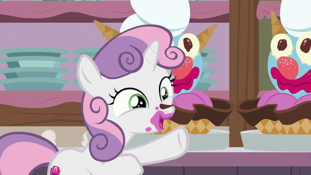"File:Sweetie Belle ""I'll help you!"" S7E6.png"