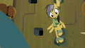 Daring Do with three limbs free S4E04.png