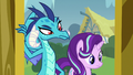 Ember and Starlight confused by Spike S7E15.png