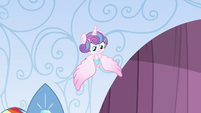 Flurry Heart calming down S6E1