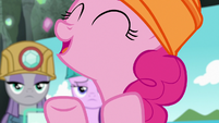 Pinkie Pie comes up with another idea S7E4