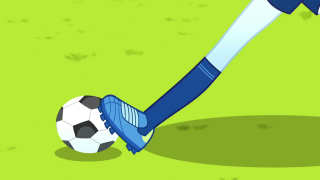 File:Rainbow Dash dribbling the soccer ball SS4.png