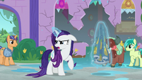 Rarity whining over her ruined quilts S8E21