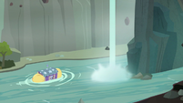 Trixie's wagon floats through Ghastly Gorge S8E19