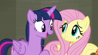 Twilight --doing this our way is what Rarity wants-- S6E9