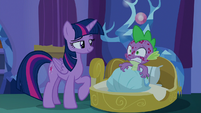 Twilight coy and Spike embarrassed S8E11