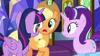 """Applejack """"why the map grew"""" S8E1"""