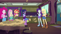 Applejack interrupting Rarity EG4.png