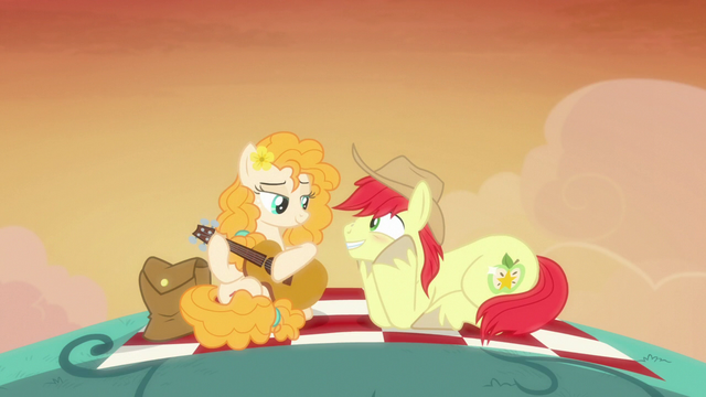 File:Bright Mac really enjoys Pear Butter's song S7E13.png