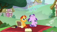 Filly Starlight successfully levitating toy blocks S6E1
