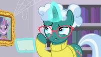 Librarian Pony straightens her glasses S9E5
