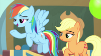 "Rainbow Dash ""set up and hosted by"" MLPS3"