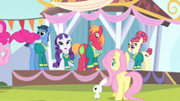 Rarity 'Now we can't perform tonight!' S4E14