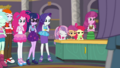Rarity notices Sweetie Belle nodding off EGDS1.png