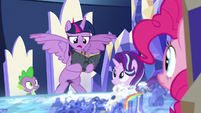 "Twilight ""only way to trap the Pony of Shadows"" S7E25"