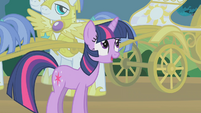 "Twilight ""they don't always seem to make sense"" S1E10"