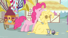250px-134618 - a friend in deed pinkie pie screencap