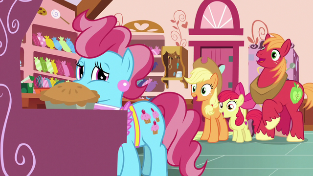 File:AJ, Apple Bloom, and Big Mac ask what happened next S7E13.png
