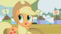 Applejack -Apples, carrots, celery stalks- S1E11