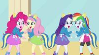 Girls dancing 2 EG