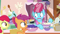 "Mrs. Cake to Scootaloo ""twenty-one!"" S9E23"
