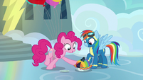 Pinkie Pie offers Rainbow more blueberry pie S7E23