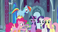 Pinkie Pie puts her hoof in the center S9E1