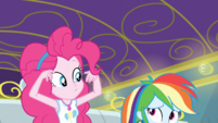 Pinkie and Rainbow feel the bus stop moving EGDS12