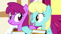 "Sassaflash ""she's even funnier in real life!"" S7E14"