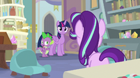 """Spike """"were you just talking to someone?"""" S9E20"""