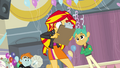 Sunset Shimmer reading the clipboard EG.png